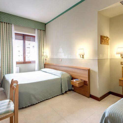 Standard Triple Room Hotel Pacific Roma