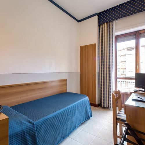 Standard Single Room Hotel Pacific Roma