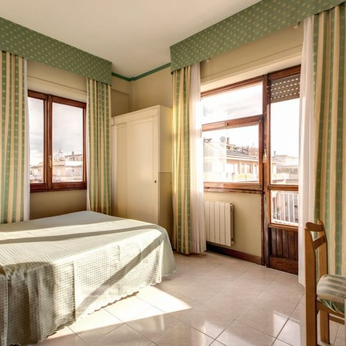 Standard Double Room Hotel Pacific Roma